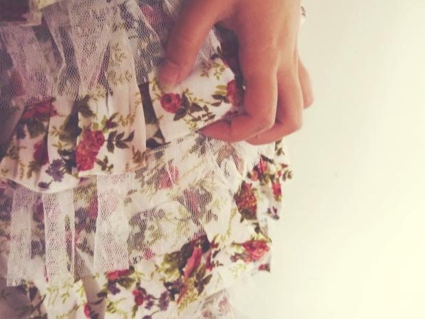 fusta cu flori