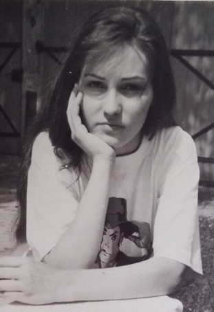 portret Dragi Femei tanara 16 ani