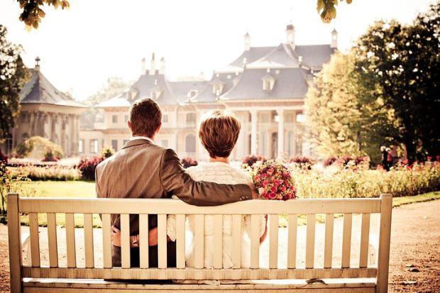 couple-260899__480